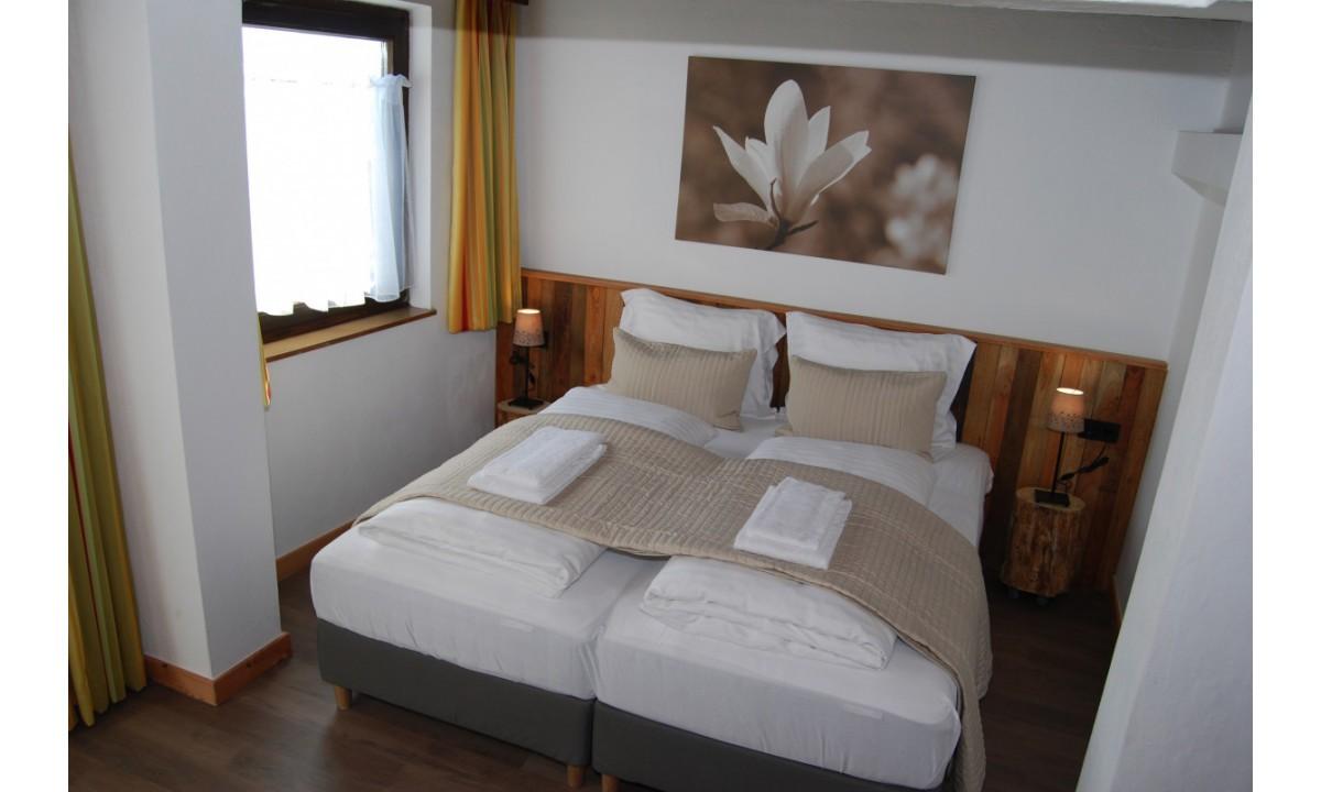 Imagem de Tweepersoonskamer met balkon