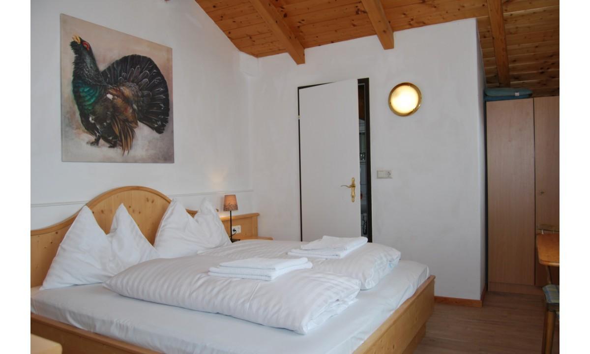 Imagem de Driepersoonskamer met balkon