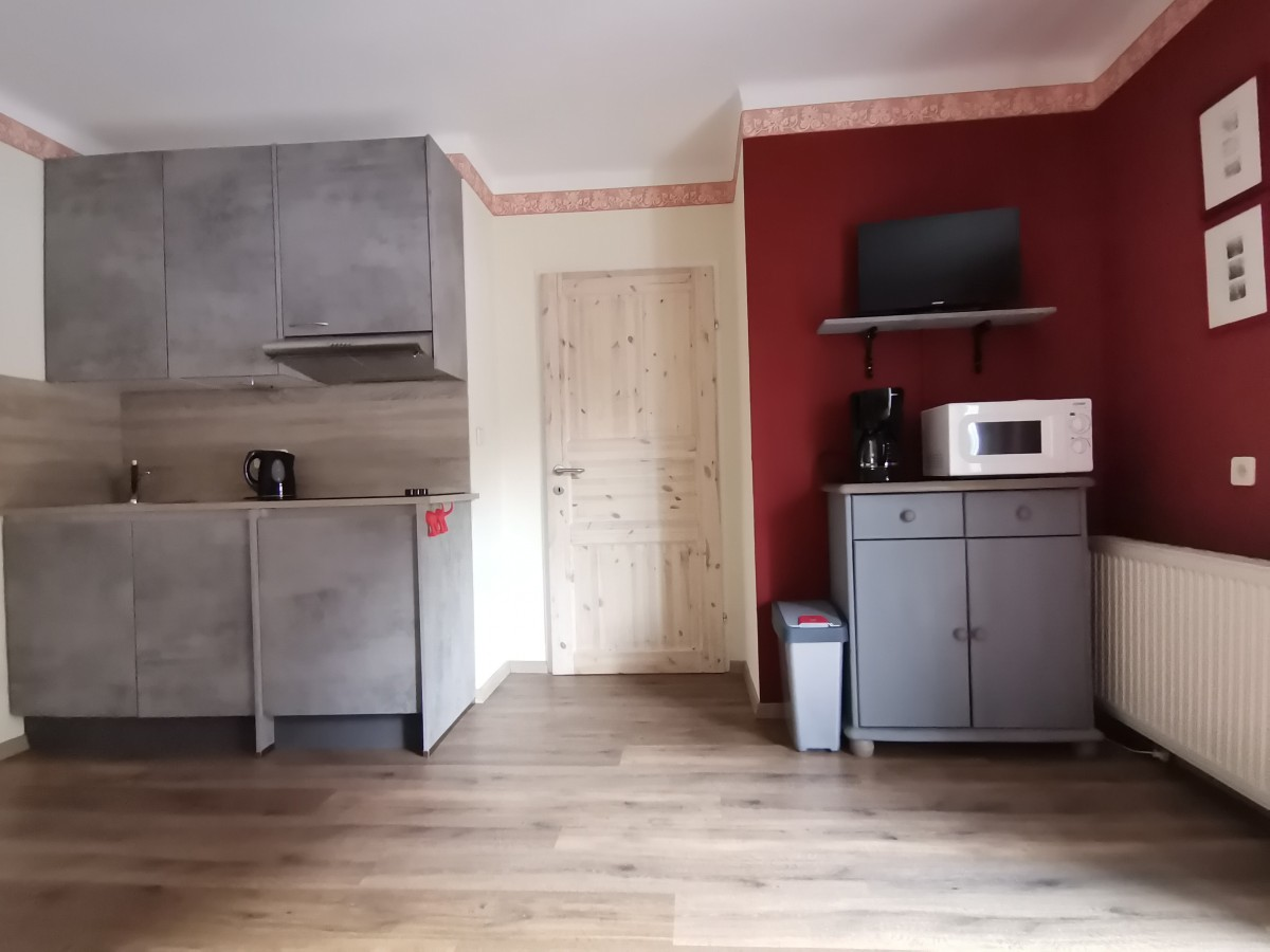 Picture of 2 room apartment with balcony