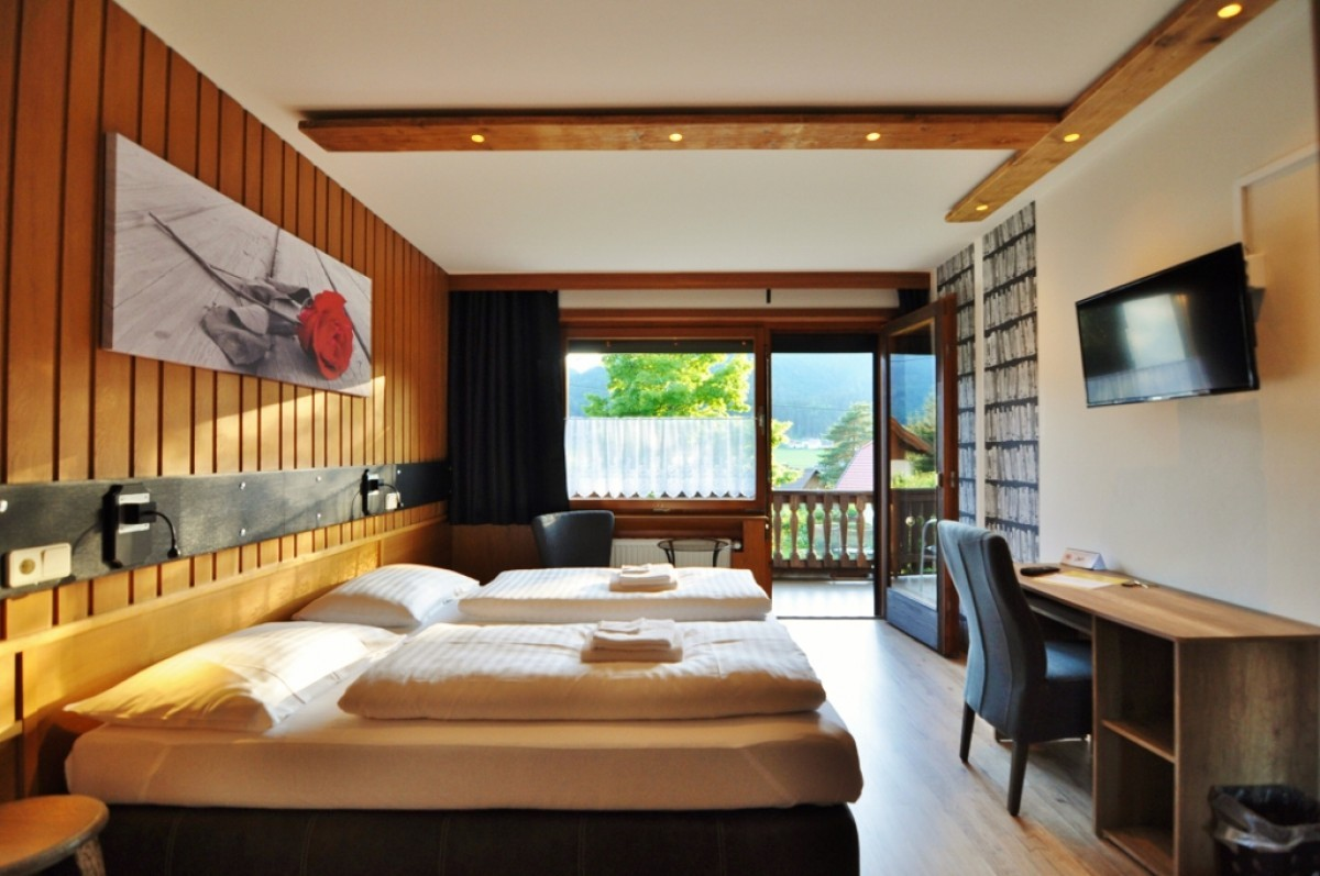 Picture of Double Room with Balcony