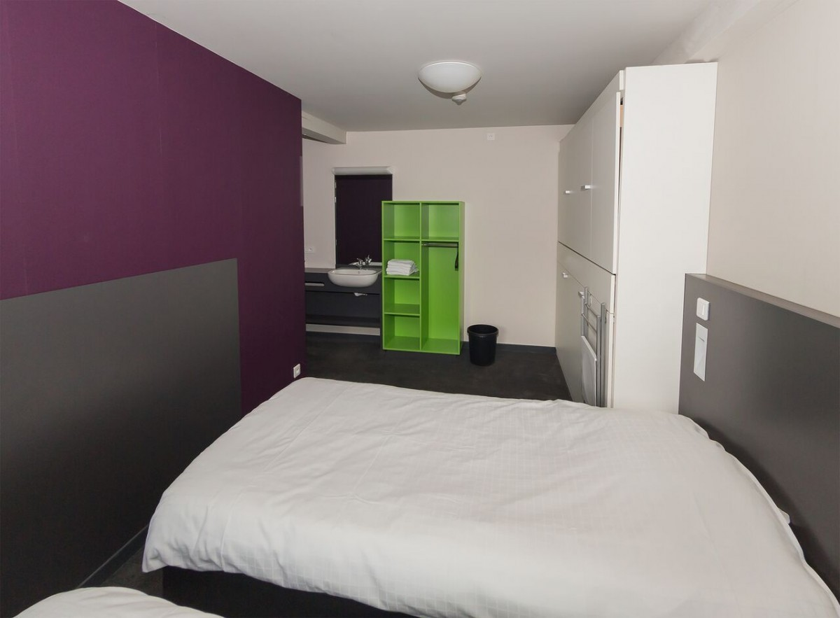 Image of Budget unit 3 rooms (1-8p, 1 private bathroom)