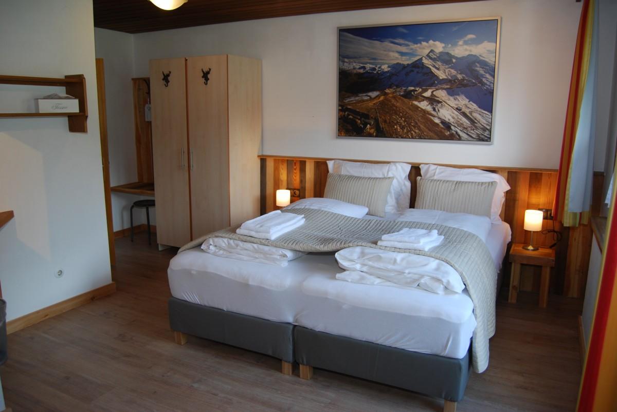 Двокреветна соба са балконом