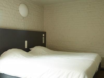 Budget unit 2 rooms (1-10p, 2 private bathrooms)