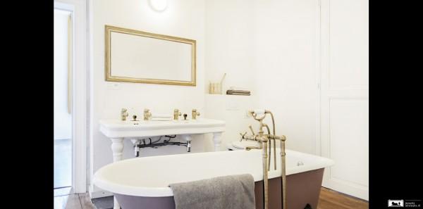 Uitbereidbare ruime kamer met ligbad