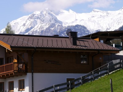 Total Chalet with 2 apartments
