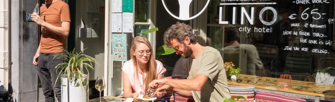 Interview: Fingerz en Lino, eten en slapen in Spaanse sferen